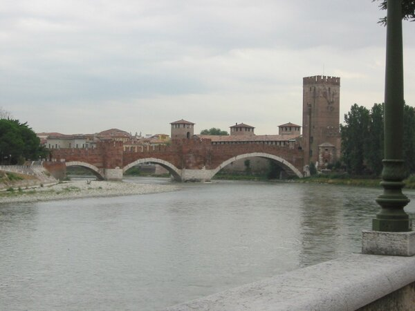 001-Castello in Verona